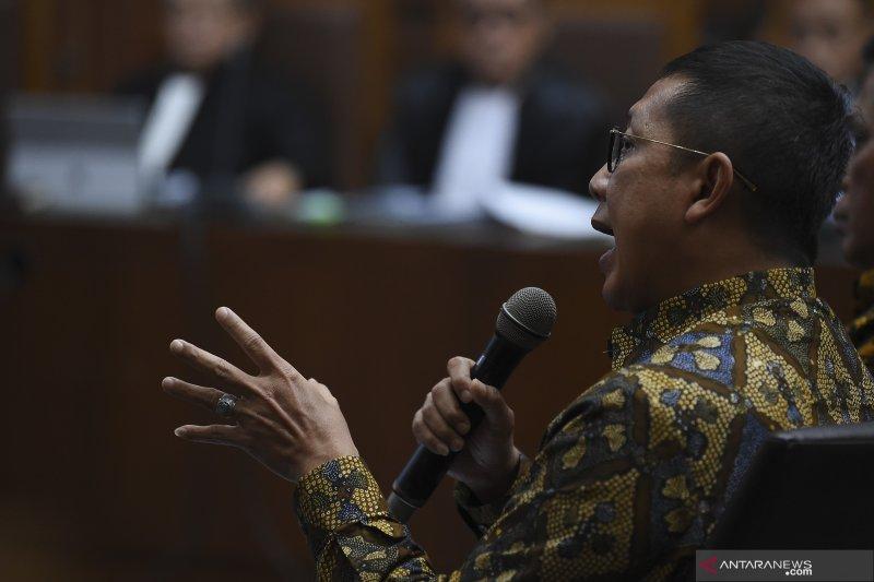 Hakim: Lukman Hakim Saifuddin terima Rp70 juta