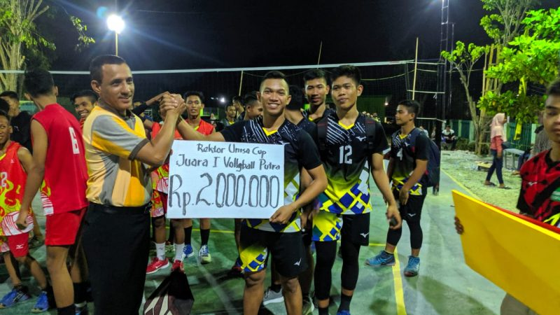 Tim Putera SMAN 3 Palu Juara Voli Piala Rektor Unisa Cup