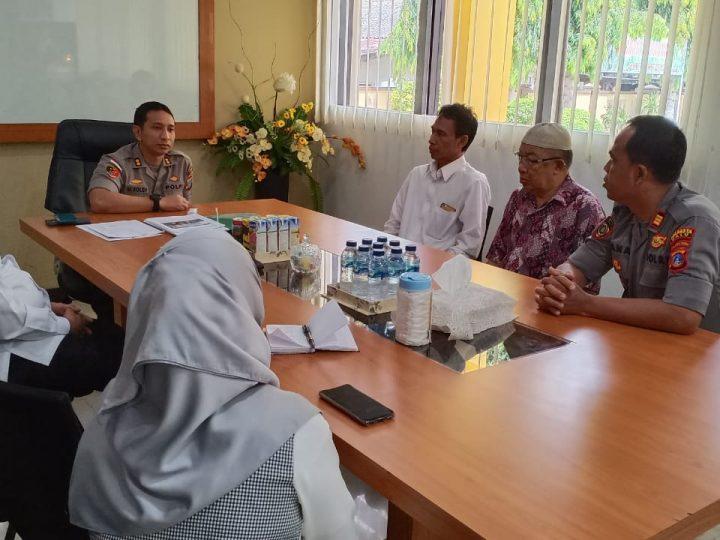 Kapolres Ajak Polisi Muslim Bayar ZIS di Baznas Kota Palu