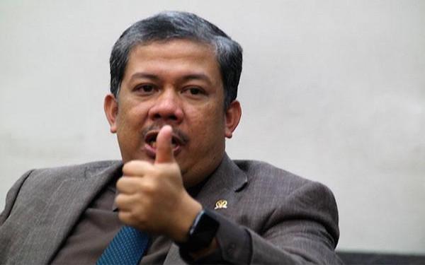 Fahri Hamzah Tegur Jubir Presiden yang Bicara Pecundang Politik