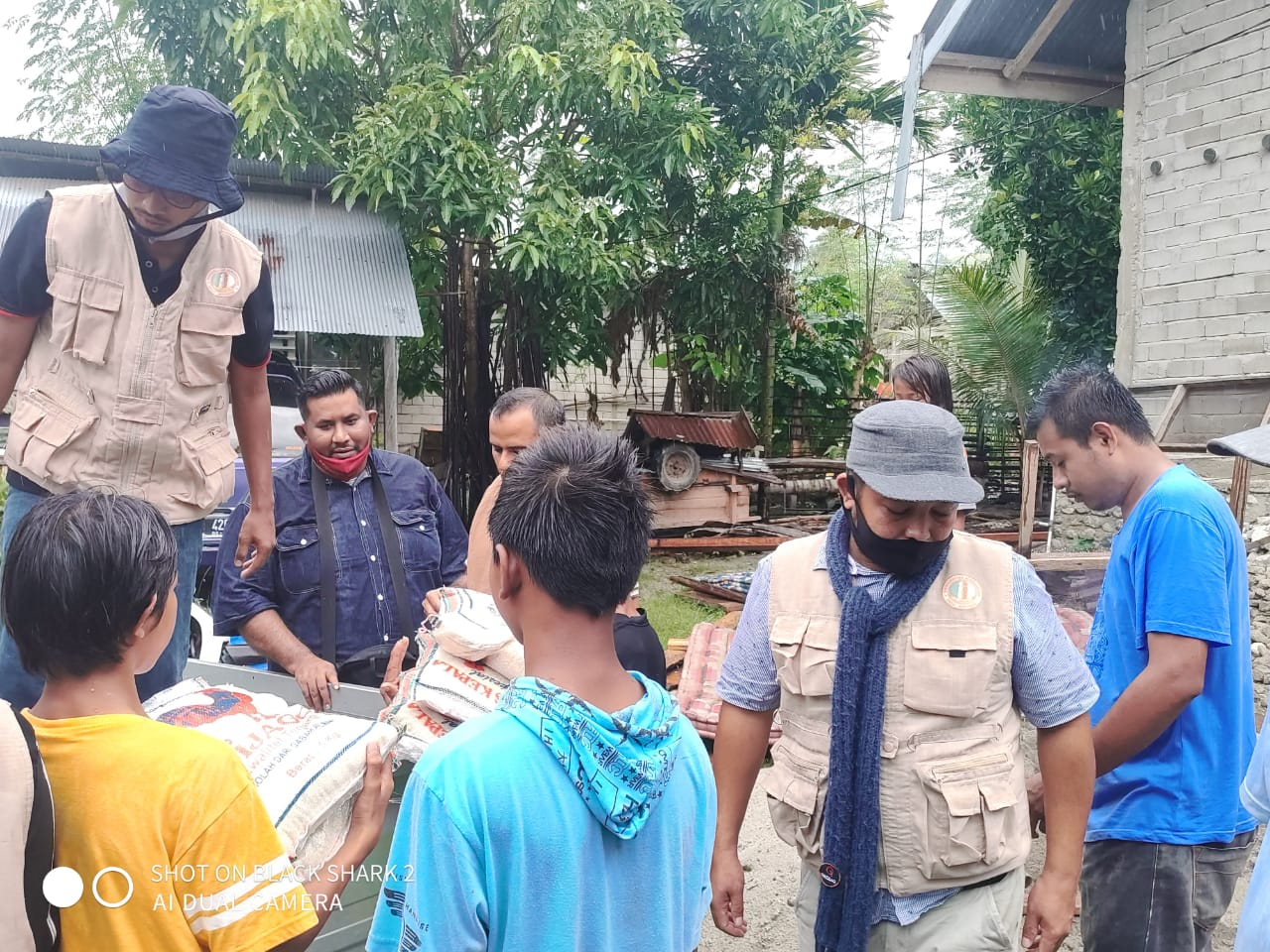 Fekon dan FKIP Unisa Gandeng HPA Kota Palu Bantu Korban Banjir Rogo