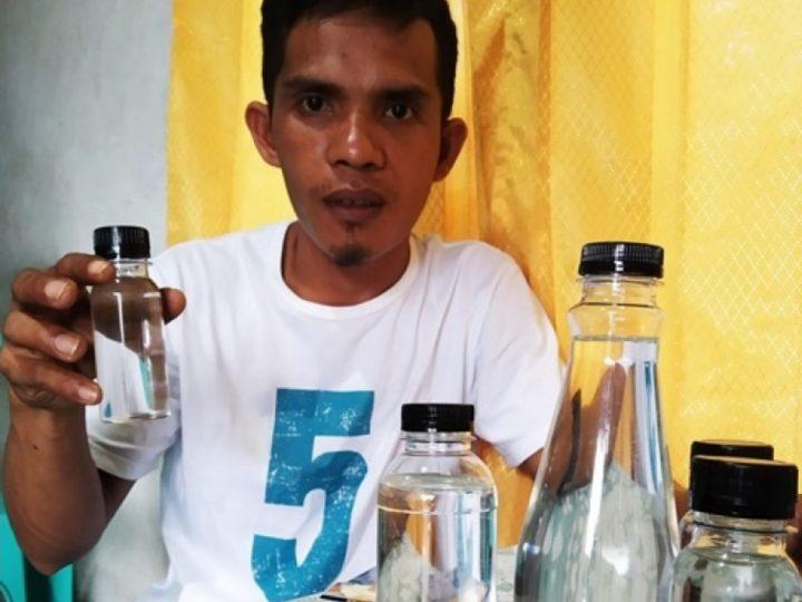 Hebat, Alumni THP Unisa Ini Kembangkan Virgin Coconut Oil di Bolmong Utara