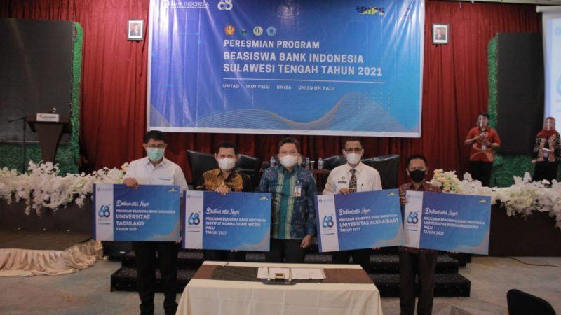 Ini Pesan Rektor Unisa Pada Mahasiswa Peraih Beasiswa Bank Indonesia