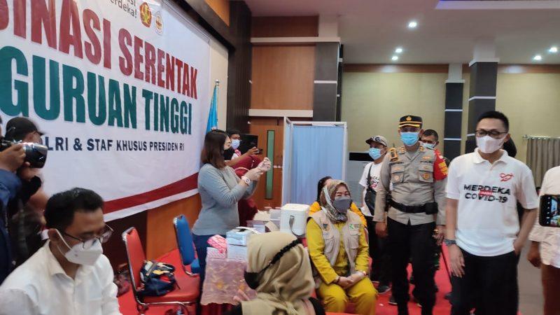 Staf Khusus Presiden Aminuddin Ma'ruf Hadiri Vaksinasi Perguruan Tinggi di Untad